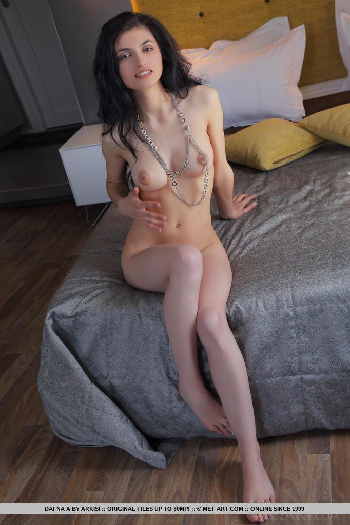 Sarah silverman showing her ass