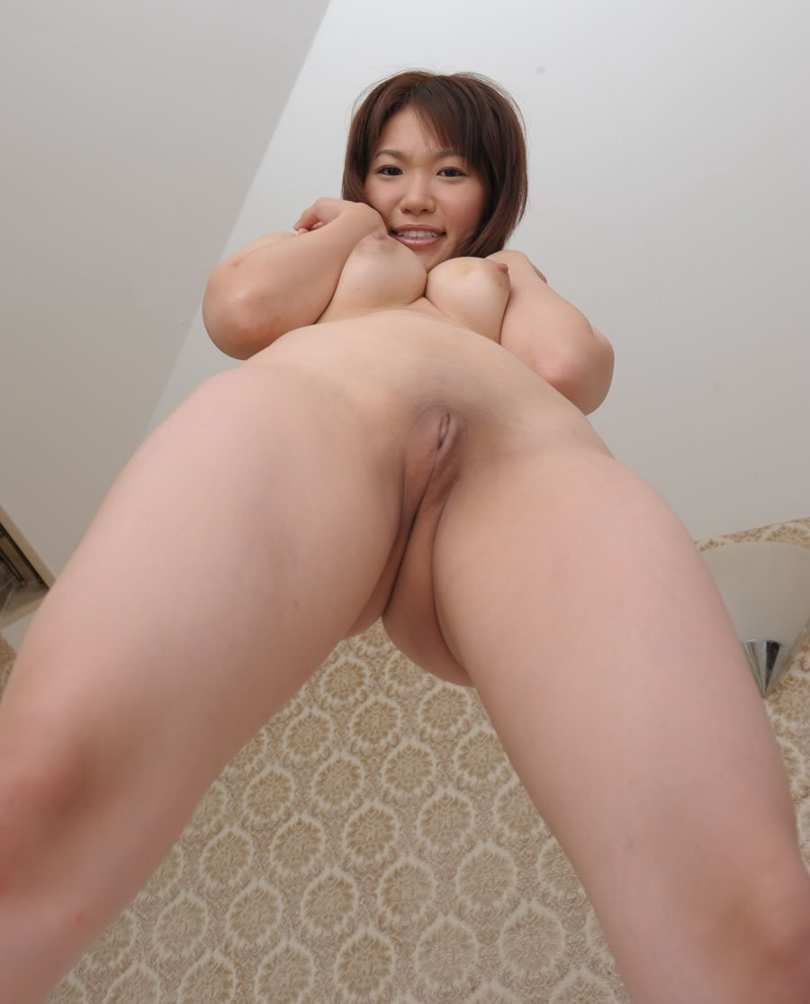 chinese girl shaved pussy spread asshole pornly.net