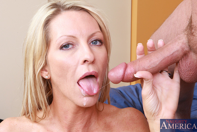 swallow cum mom swallow cum mom swallow cum mom swallow cum emma starr
