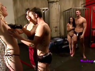 swingers naked models swinger parties with gorgeous milfs