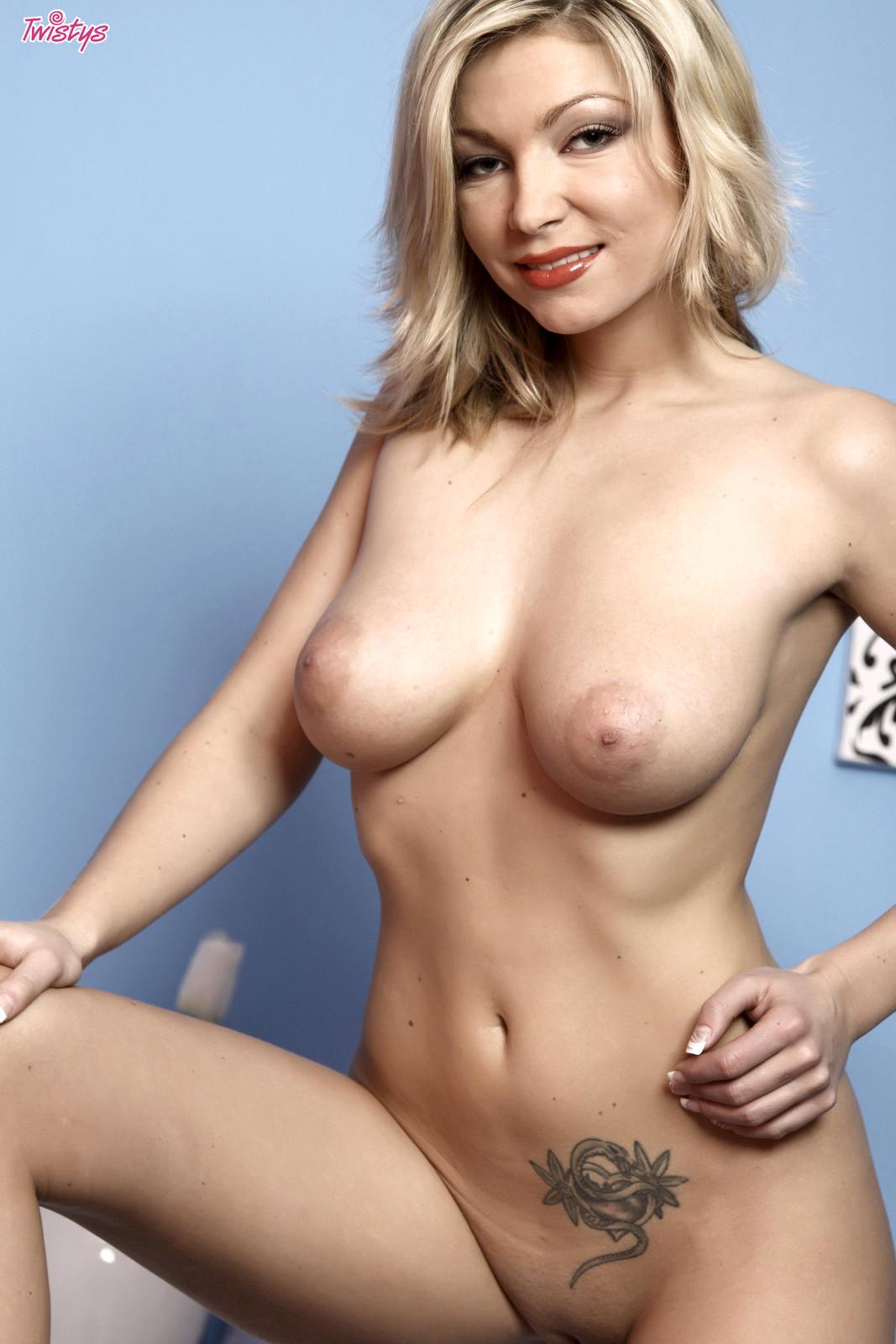 Amanda King Nude karolina kurkova naked - megapornx