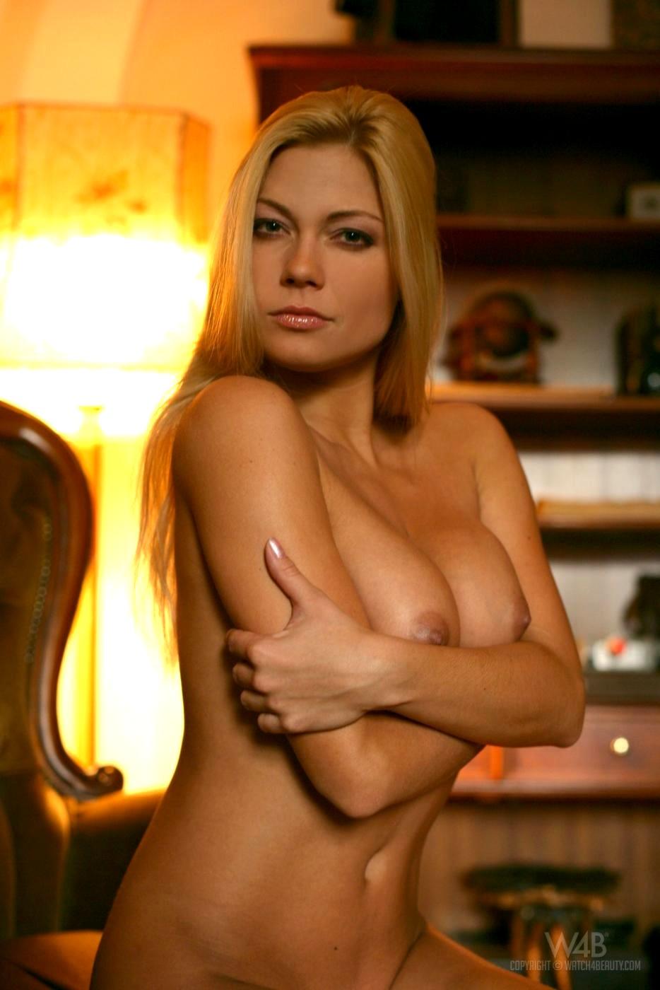 watch beauty adriana malkova xxxat blonde delivery porn pics