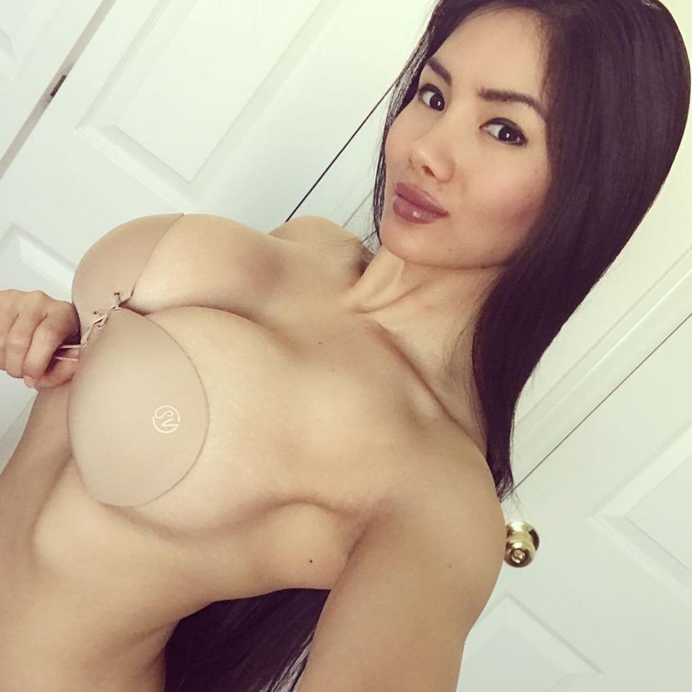 Natural Porn Asian natural huge perky tits wisp asian - megapornx