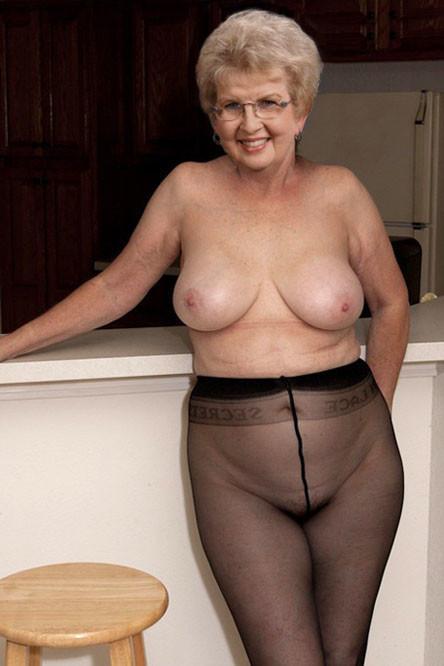 xxx grandma pussy grandma pussy pic